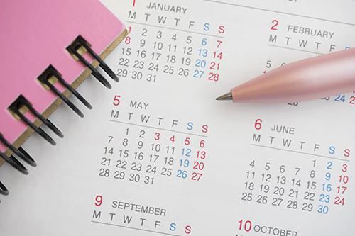 カレンダー,ノート,鉛筆