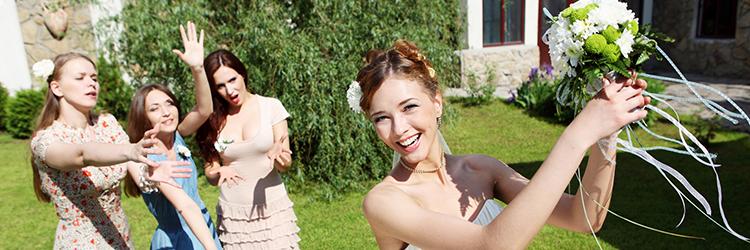 ブーケトス,結婚式