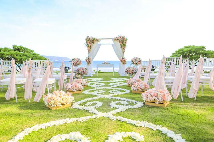 ガーデンウエディング 結婚式